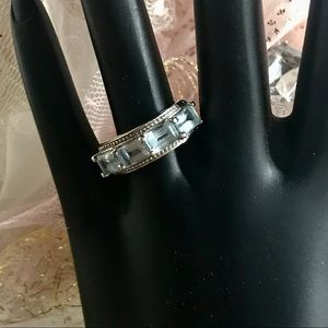 STERLING SILVER AND AQUAMARINE RING (7)